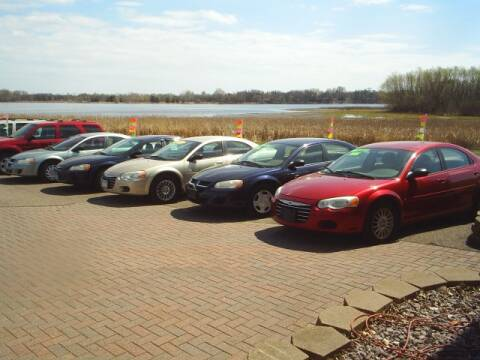 2004 Dodge Stratus for sale at Dales Auto Sales in Hutchinson MN