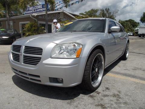 2005 Dodge Magnum for sale in Melbourne, FL