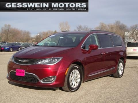 2017 Chrysler Pacifica for sale in Milbank, SD