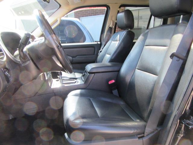 2006 Mercury Mountaineer Premier AWD 4dr Crossover - Clinton Township MI