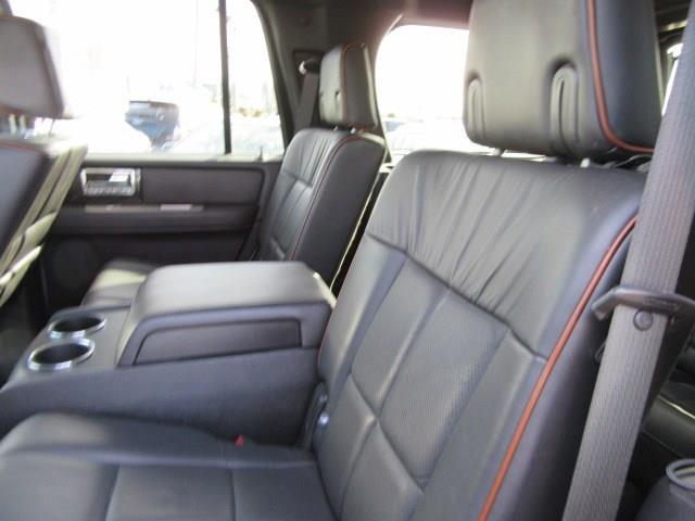 2008 Lincoln Navigator 4dr SUV 4WD - Clinton Township MI