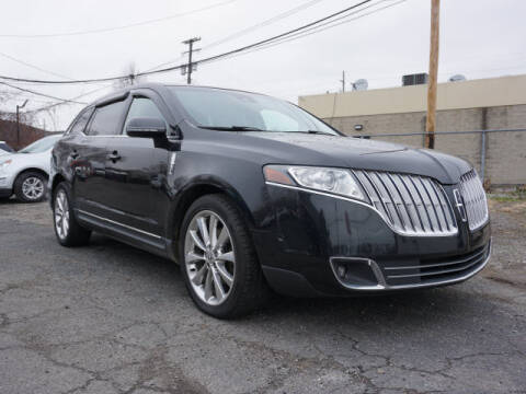 2010 Lincoln MKT for sale in Clinton Township, MI
