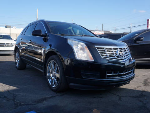 2013 Cadillac SRX for sale in Clinton Township, MI
