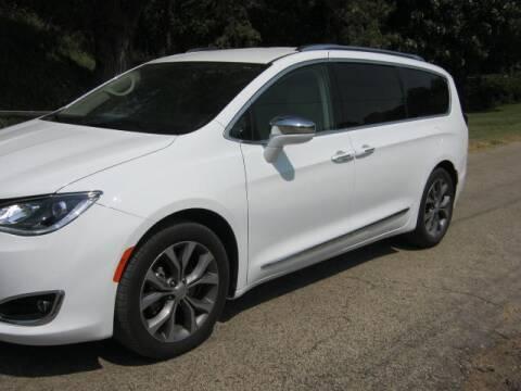 2020 Chrysler Pacifica for sale at Matteson Motors Inc in Phillipsburg KS