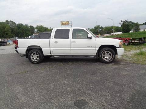 2005 GMC Sierra 1500 for sale at Rod's Auto Farm & Ranch in Houston MO