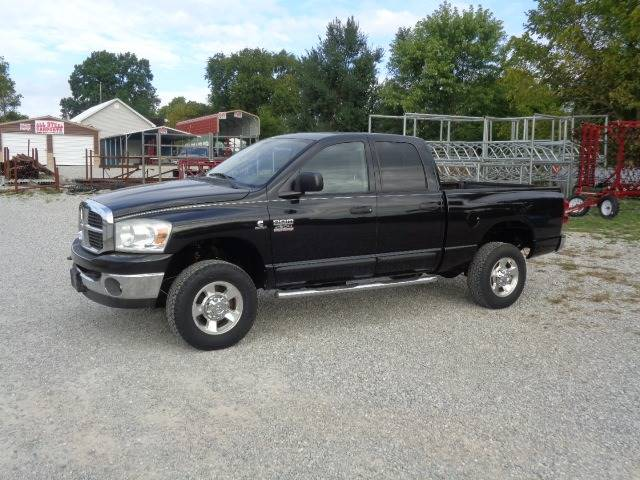 2007 Dodge Ram Pickup 2500 for sale at Rod's Auto Farm & Ranch in Houston MO
