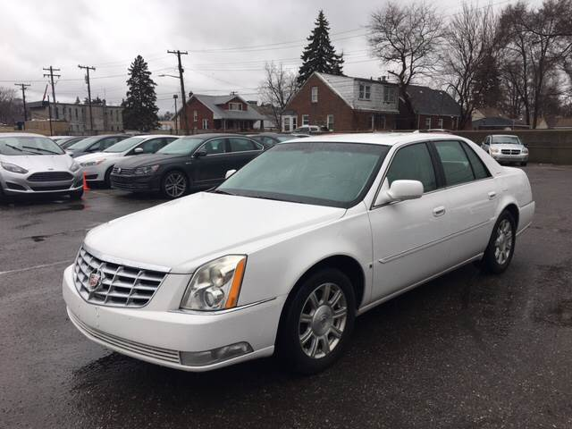 2009 Cadillac Dts Detroit Used Car for Sale