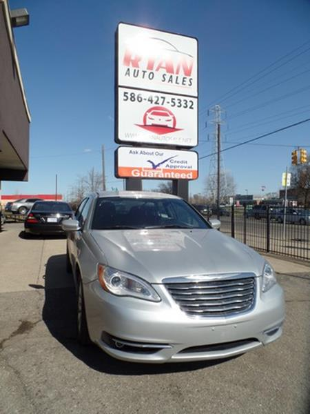 2012 Chrysler 200 car for sale in Detroit