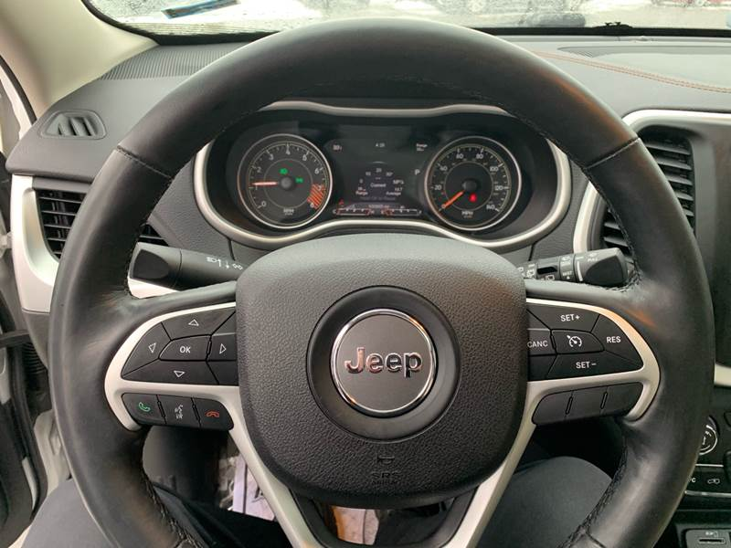 2015 Jeep Cherokee Detroit Used Car for Sale