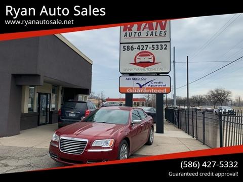 2014 Chrysler 300 for sale in Warren, MI