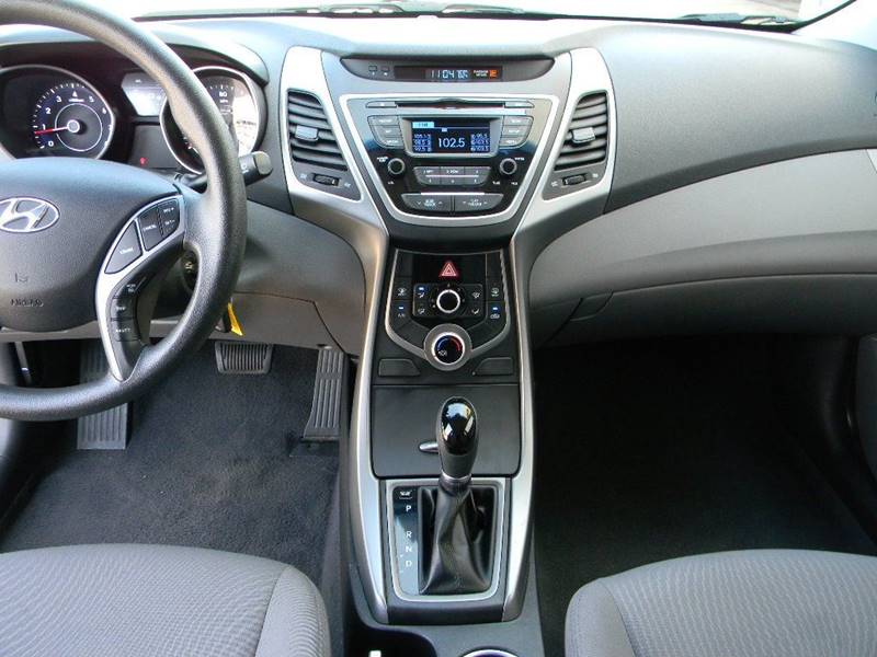 2015 Hyundai Elantra SE 4dr Sedan - Salina KS