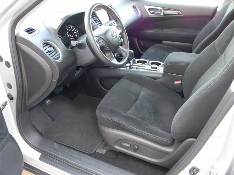 2016 Nissan Pathfinder 4x4 SV 4dr SUV - Salina KS