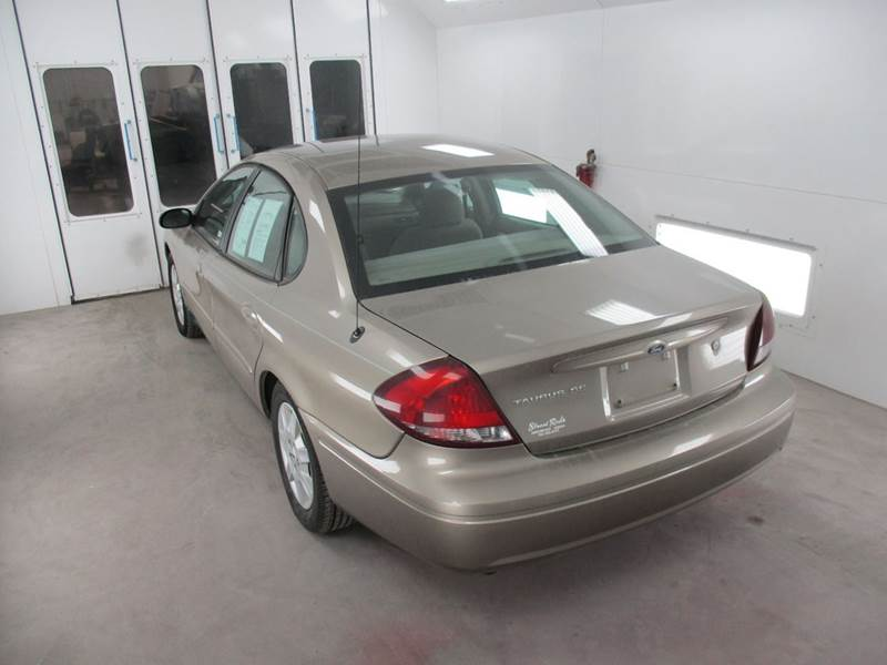 2005 Ford Taurus for sale at Street Rods in Junction City KS
