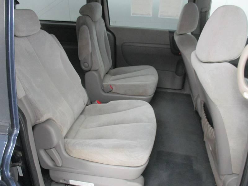 2008 Kia Sedona for sale at Street Rods in Junction City KS