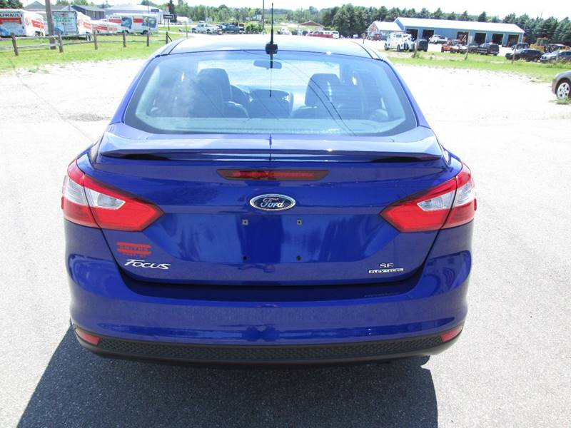 2013 Ford Focus SE 4dr Sedan - Hart MI