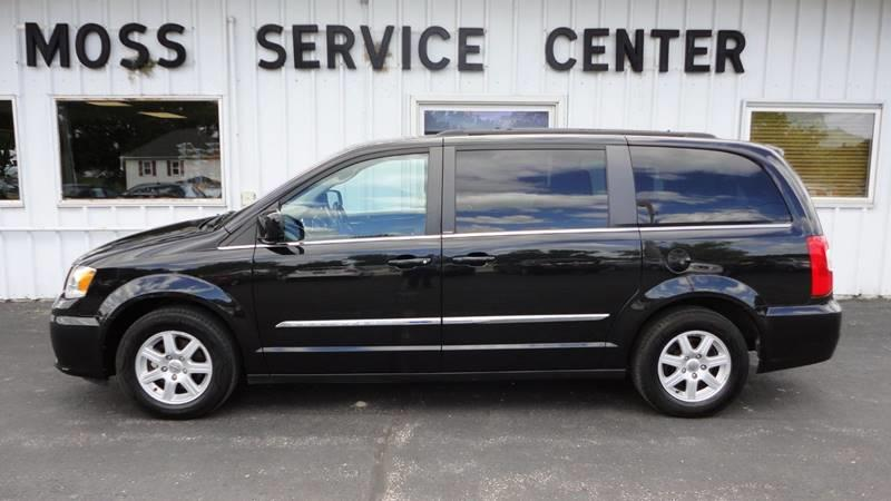 2012 Chrysler Town and Country Touring 4dr Mini-Van - West Union IA