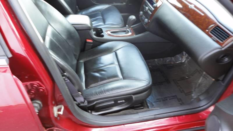 2011 Chevrolet Impala LT 4dr Sedan - West Union IA