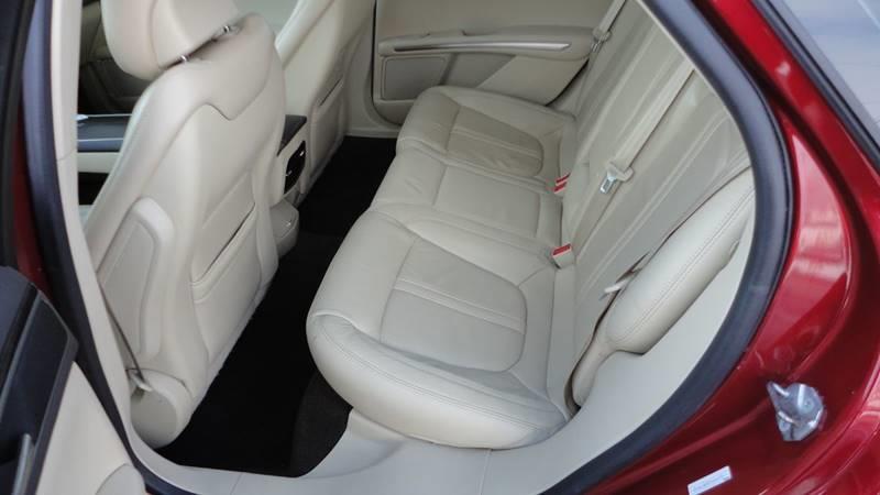 2015 Lincoln MKZ 4dr Sedan - West Union IA