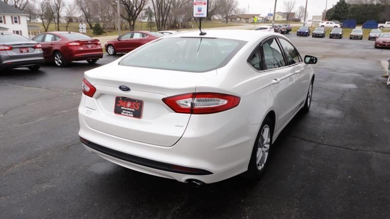 2016 Ford Fusion SE 4dr Sedan - West Union IA
