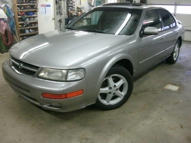 1999 Nissan Maxima GXE 4dr Sedan - Holland MI