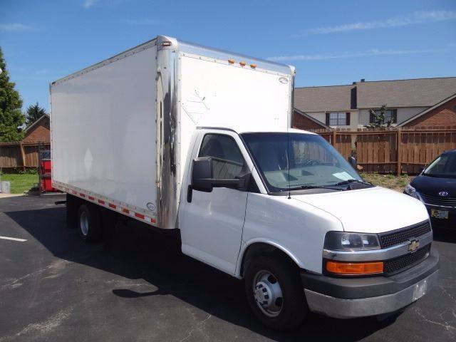 2011 Chevrolet Express Cutaway 3500 2dr 177 in. WB Cutaway Chassis w/ 1WT - Pickerington OH