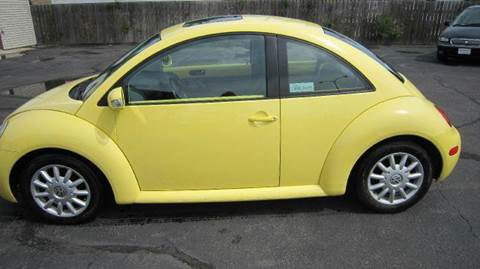 2005 Volkswagen New Beetle for sale at Auto Shoppe in Mitchell SD