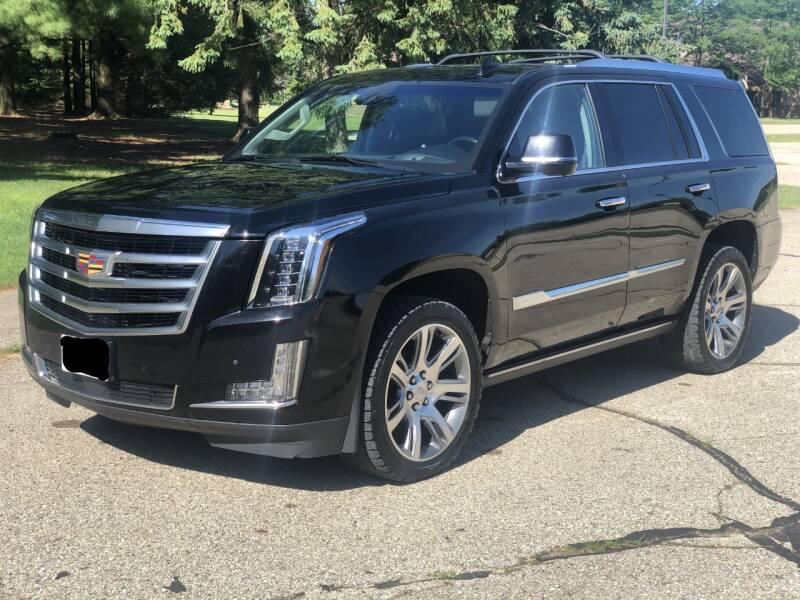 2015 Cadillac Escalade 4x4 Premium 4dr SUV - Fort Atkinson WI