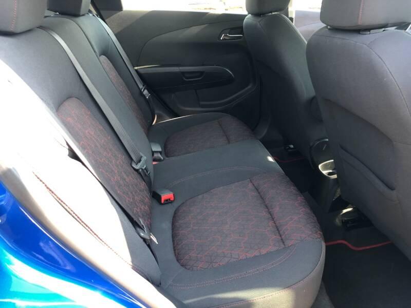 2017 Chevrolet Sonic LT Auto 4dr Hatchback - Fort Atkinson WI