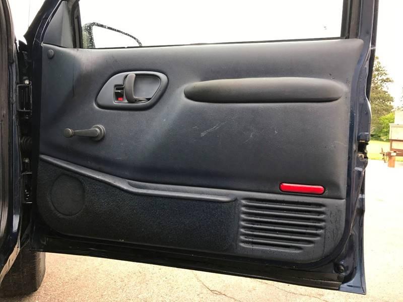 1996 Chevrolet C/K 2500 Series 2dr C2500 Cheyenne Standard Cab LB - Grand Rapids MI