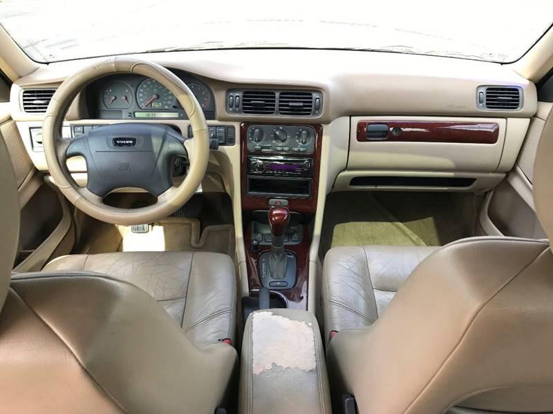 2000 Volvo V70 SE 4dr Wagon - Grand Rapids MI