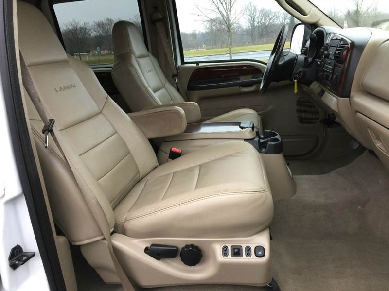 2007 Ford F-350 Super Duty Lariat 4dr Crew Cab 4WD LB DRW - Grand Rapids MI