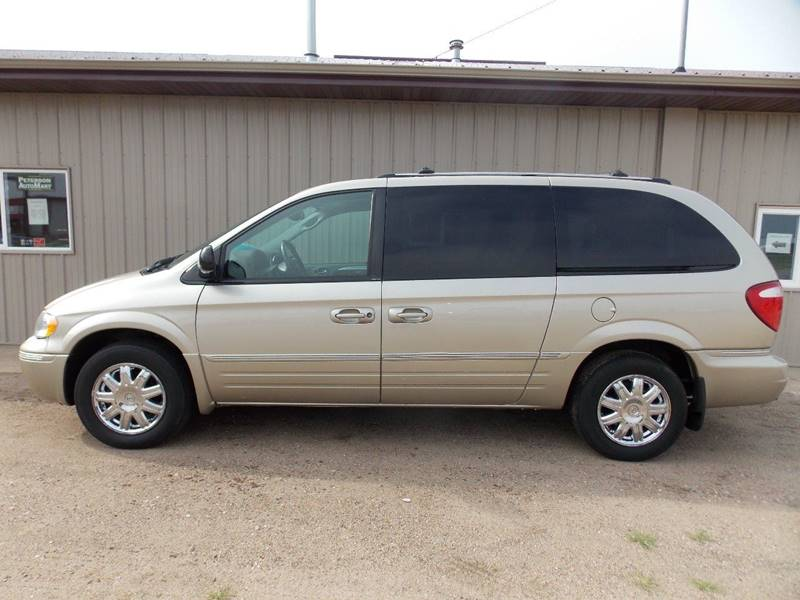2005 Chrysler Town And Country Limited 4dr Extended Mini