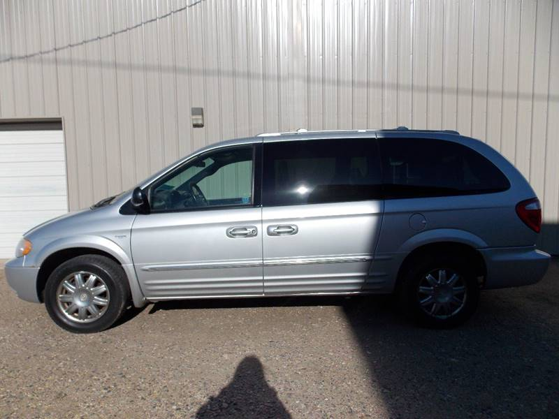 2004 Chrysler Town And Country Touring Platinum Series 4dr