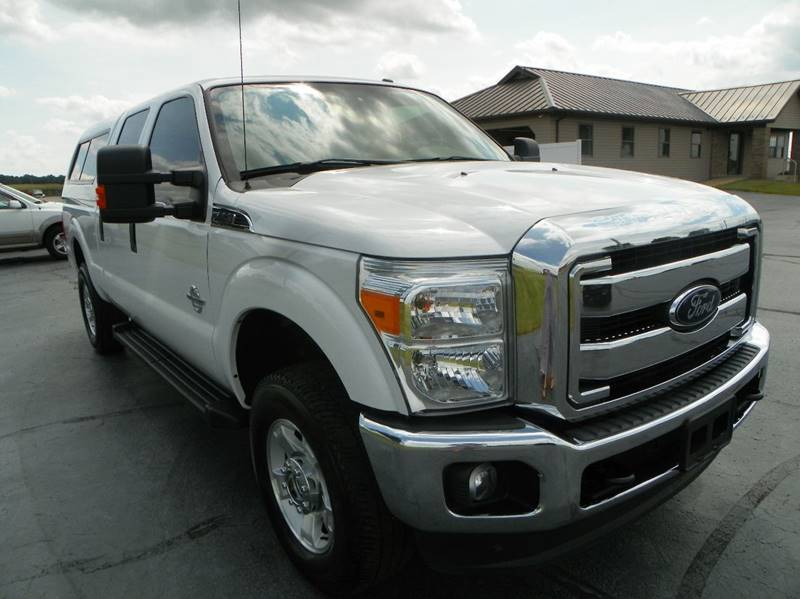 2016 Ford F-250 Super Duty 4x4 XLT 4dr Crew Cab 6.8 ft. SB Pickup - Lagrange IN