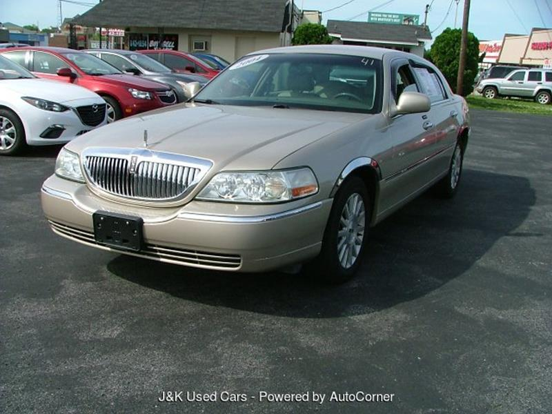 2004 Lincoln Town Car Signature 4 Speed Automatic In Bowling Green