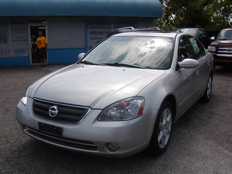 2002 Nissan Altima 3.5 SE 4dr Sedan for sale at Berea Auto Mall