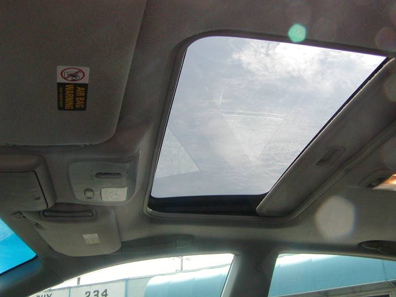2002 Nissan Altima 3.5 SE 4dr Sedan for sale at Berea Auto Mall