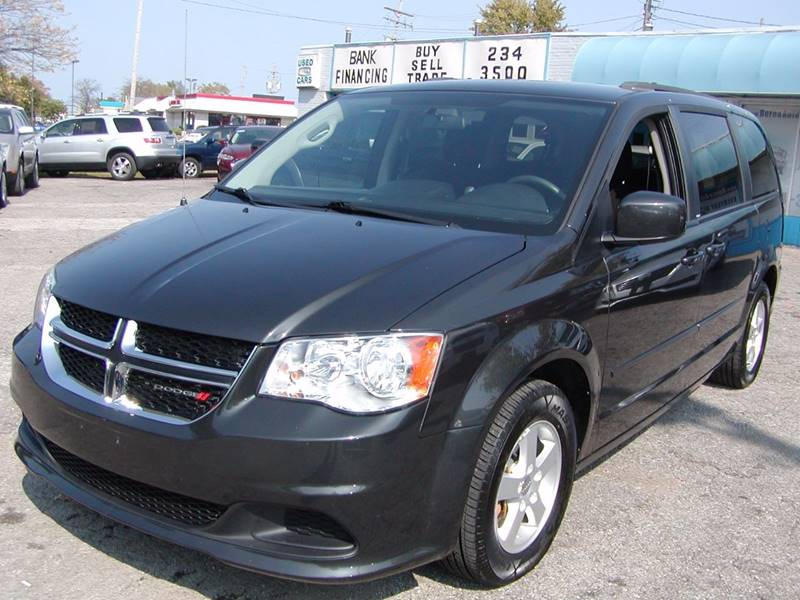 2012 Dodge Grand Caravan SXT 4dr Mini Van