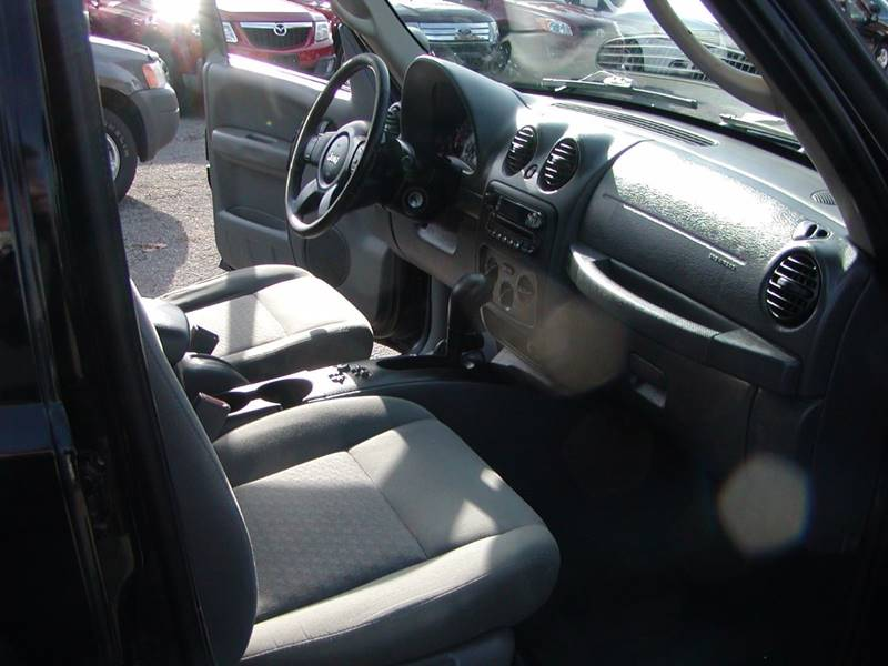 2006 Jeep Liberty Sport 4dr SUV 4WD in Berea