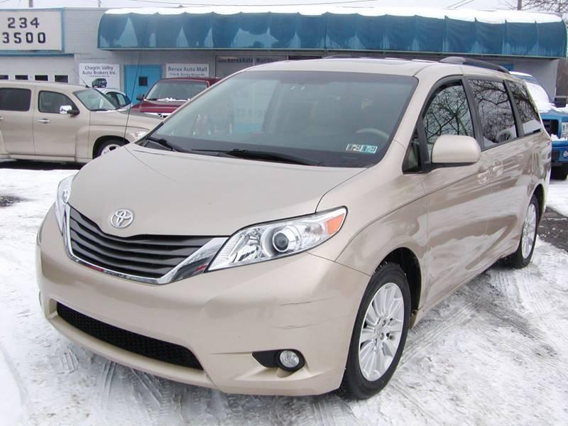 2011 Toyota Sienna XLE 7 Passenger AWD 4dr Mini Van