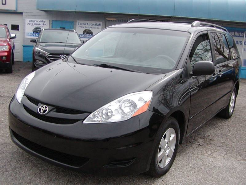 2010 Toyota Sienna LE 7 Passenger 4dr Mini Van for sale at Berea Auto Mall