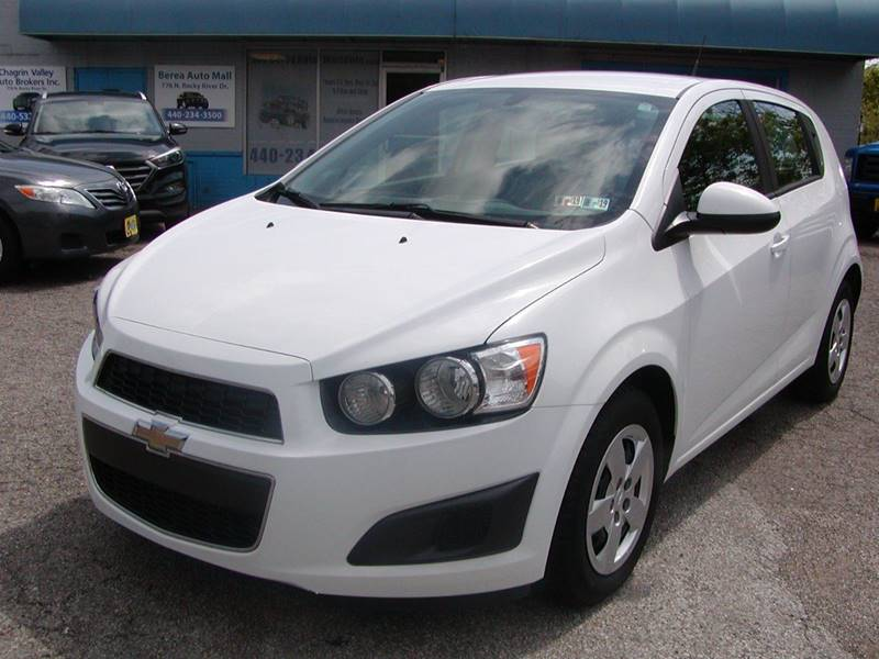 2014 Chevrolet Sonic LS Auto 4dr Hatchback for sale at Berea Auto Mall