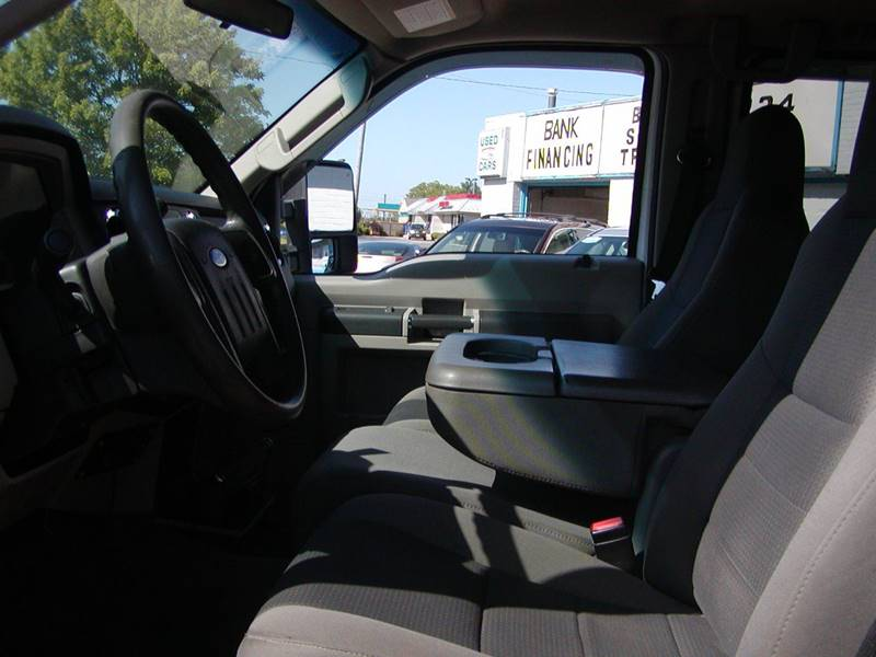 2009 Ford F-250 Super Duty FX4 4x4 4dr Crew Cab 8 ft. LB Pickup for sale at Berea Auto Mall