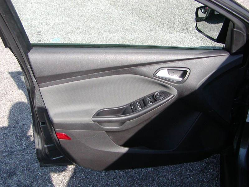 2013 Ford Focus SE 4dr Sedan for sale at Berea Auto Mall