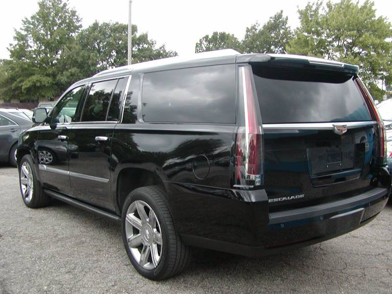 2015 Cadillac Escalade ESV Premium 4x4 4dr SUV for sale at Berea Auto Mall