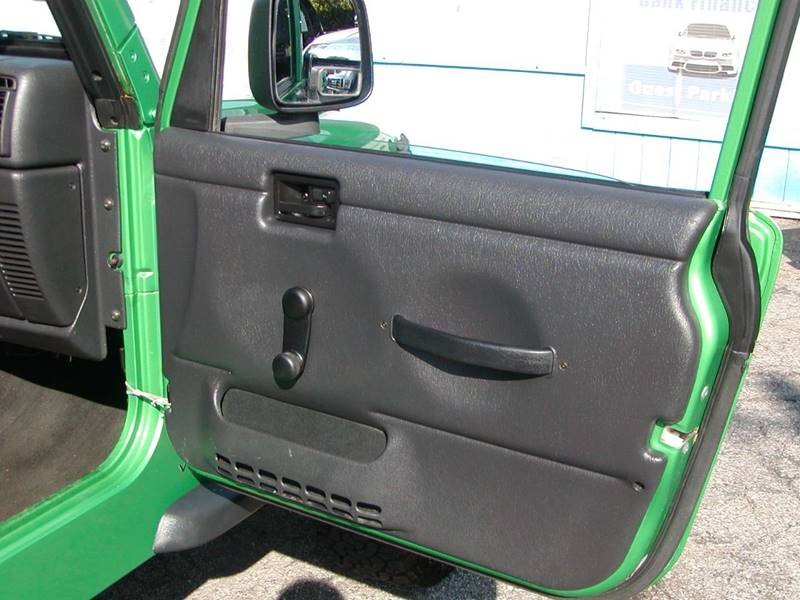 2004 Jeep Wrangler X 2dr 4WD SUV for sale at Berea Auto Mall