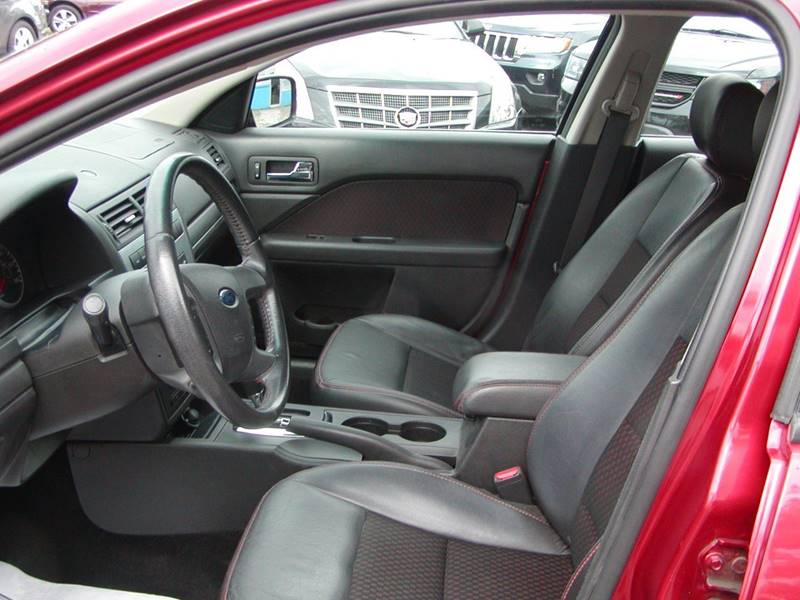 2007 Ford Fusion I 4 SE 4dr Sedan for sale at Berea Auto Mall