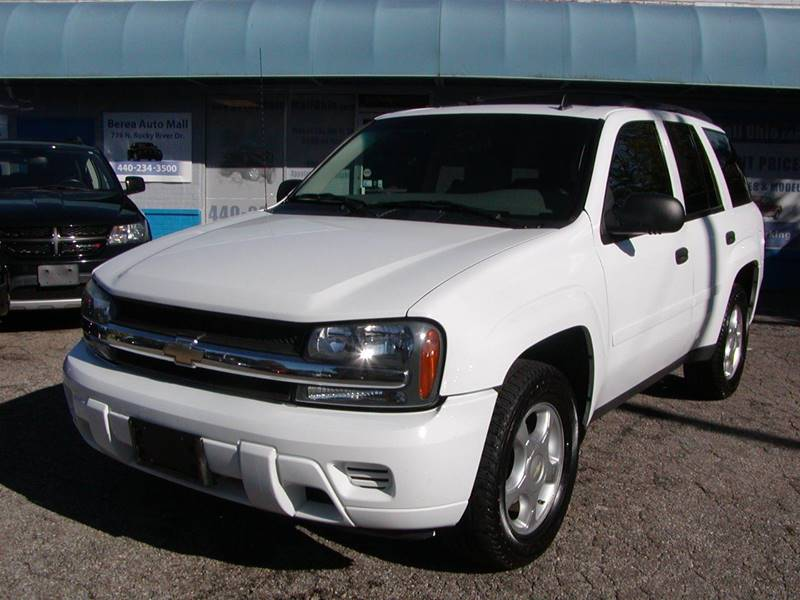 2007 Chevrolet TrailBlazer LS 4dr SUV for sale at Berea Auto Mall