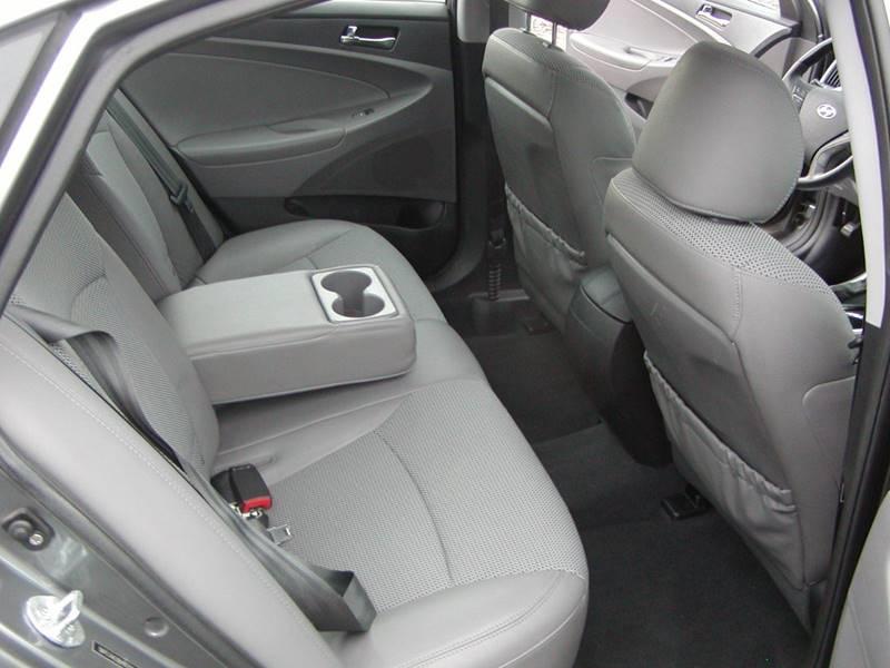 2011 Hyundai Sonata SE 4dr Sedan 6A for sale at Berea Auto Mall