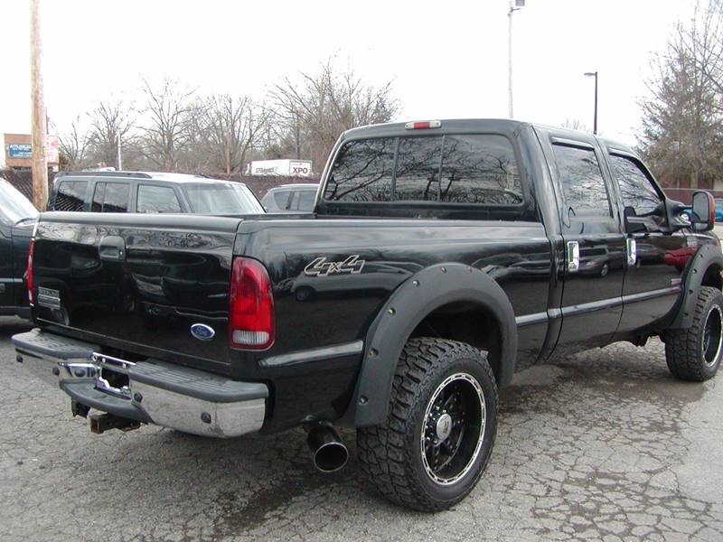 2006 Ford F-250 Super Duty XLT 4dr Crew Cab 4WD SB for sale at Berea Auto Mall